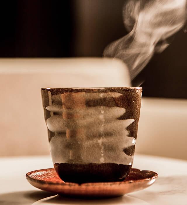 插圖 - 燒製茶杯
